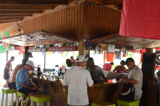 Reggae Beach Bar St. Kitts (3)
